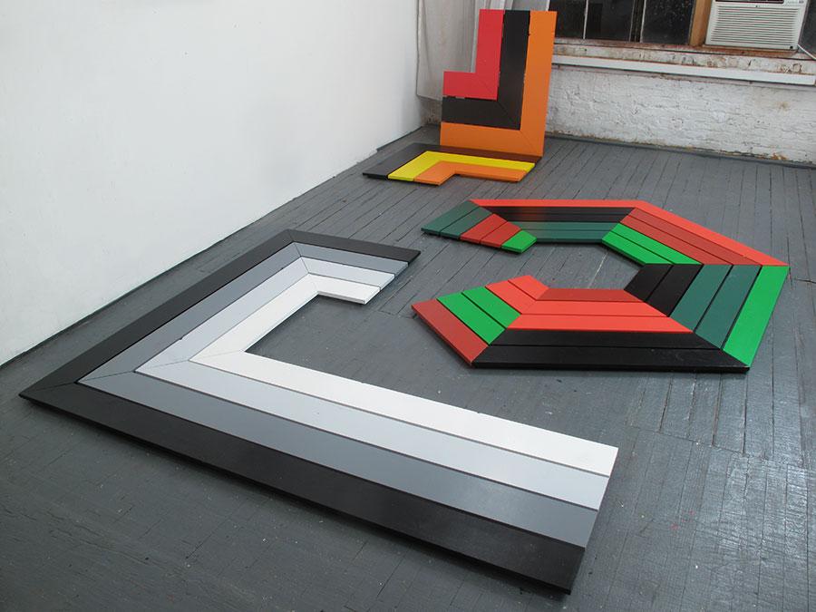 (image: http://meyer-ebrecht.com/Content/../Archive/ArtworkFolder/Platforms/bme13-06_07_08_studio_web.jpg)