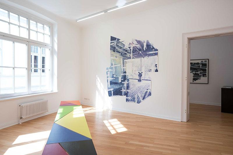 (image: http://meyer-ebrecht.com/Content/../Archive/ExhibitionFolder/2018RaumBildRaum/bme18_RaumBildRaum_Installtion_2.jpg)