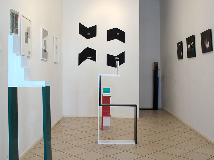 (image: http://meyer-ebrecht.com/Content/../Archive/ExhibitionFolder/ExhibitionsDunkleWolke/bme11-storefront_1web.jpg)