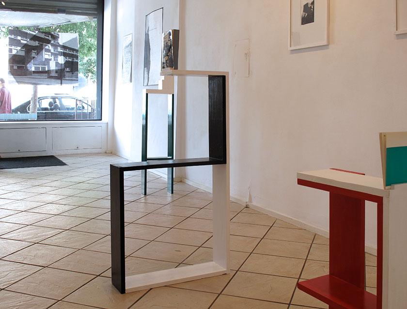 (image: http://meyer-ebrecht.com/Content/../Archive/ExhibitionFolder/ExhibitionsDunkleWolke/bme11-storefront_3_web.jpg)